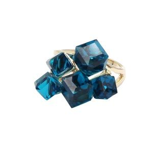Blue square crystal golden ring